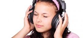 Kopfhörer für Hörgeräteträger