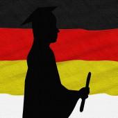 graduate-362080_640